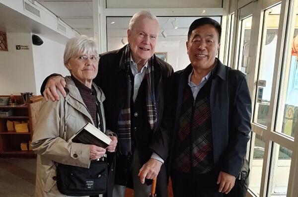 杨志鹏瑞典解读《世事天机》,诺贝尔文学奖评委会前主席恭喜